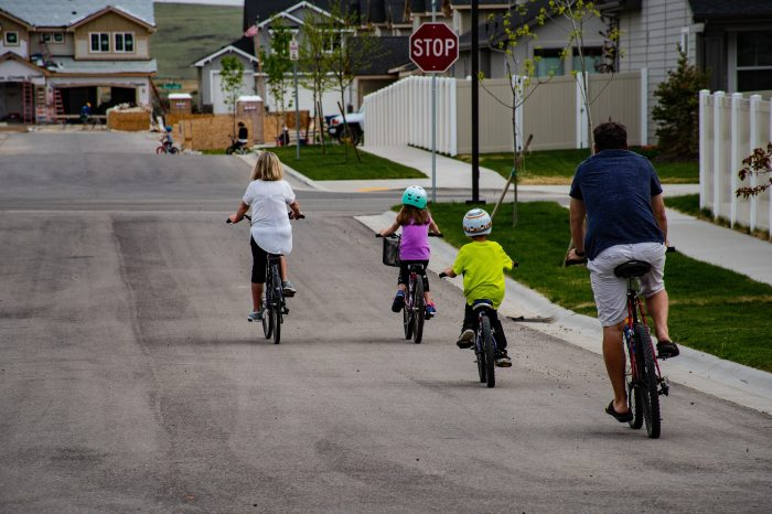 bicycles-bikers-bikes-1073133